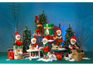 Santas Workshop - Animated santa figures from Dublin Display Co